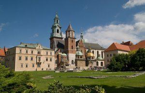 Tre escursioni in due giorni tour di cracovia for Escursione auschwitz e miniere di sale lingua italiana